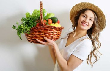 Effective Natural Recipes for dry skin and get a glowing face naturally